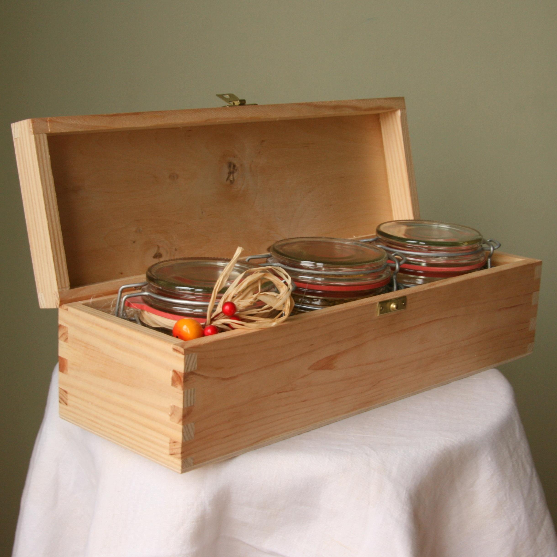 Medinė dėžė medaus