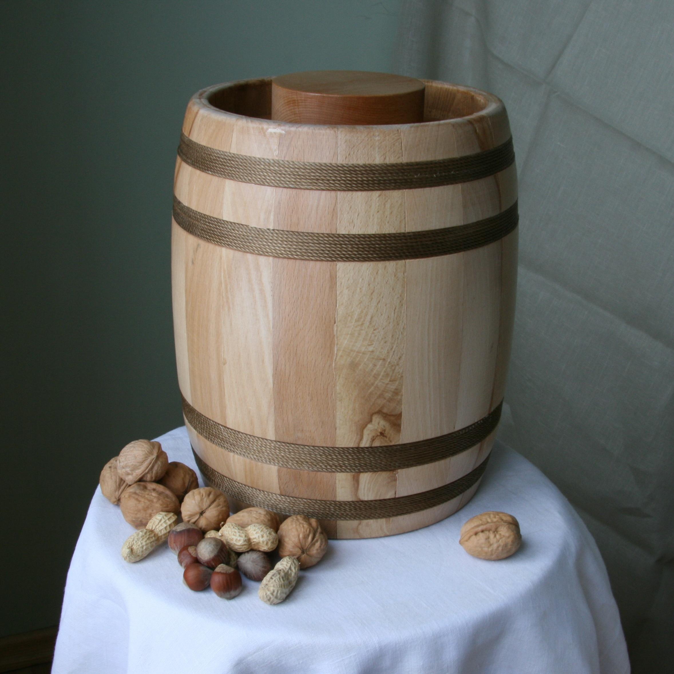 4,3kg suvenyrinė medaus statinė