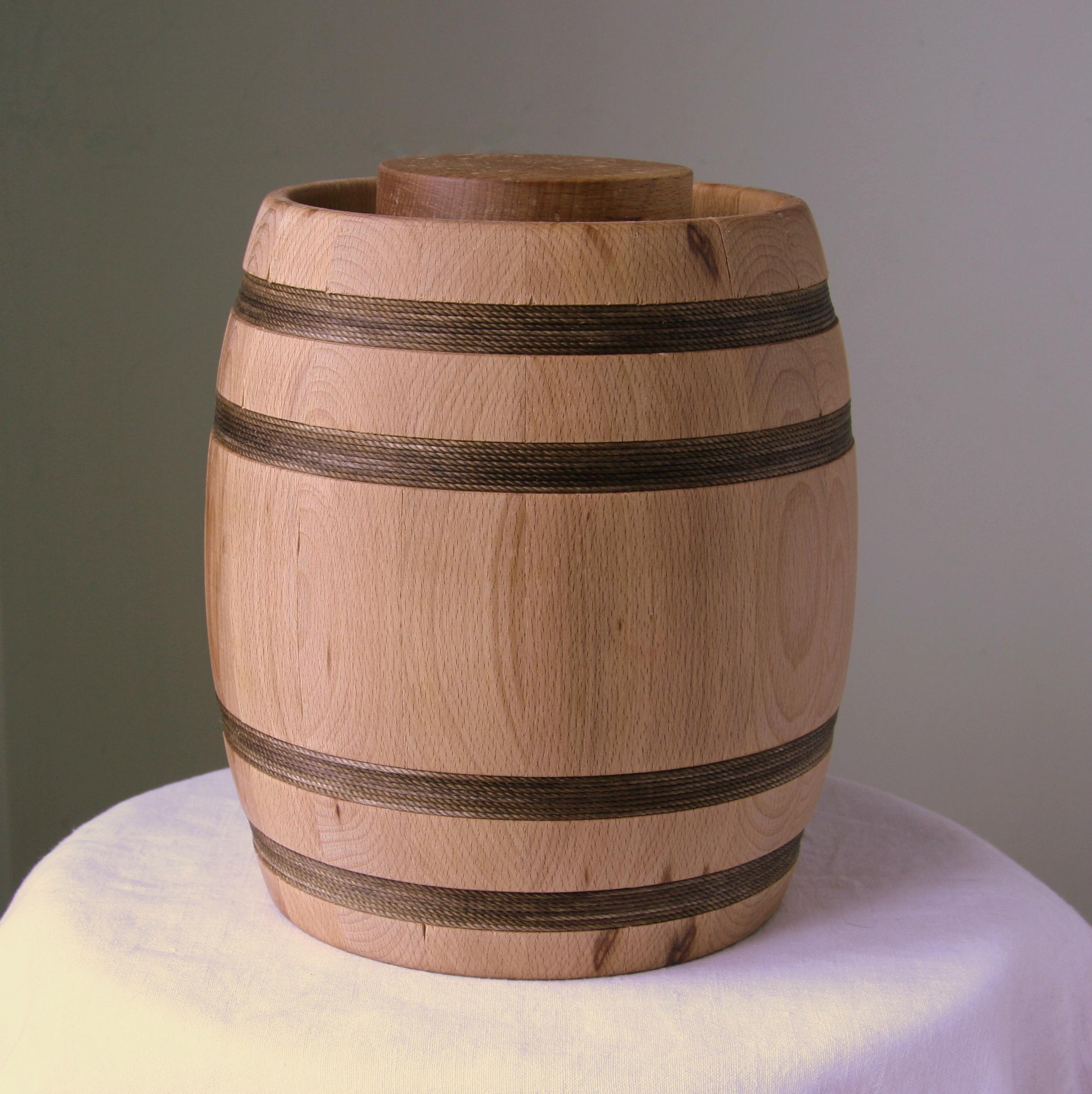 2,8kg medaus medinė statinė
